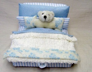 blog bear in bed