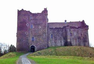 Castle Jamie... I mean DOUNE.